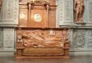 grobowiec-augusta